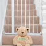 et sikkert hjem, Bjørn på trappen, ulykker