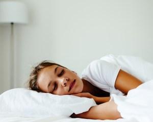 Jagten på den tabte time, teenager der endeligt sover