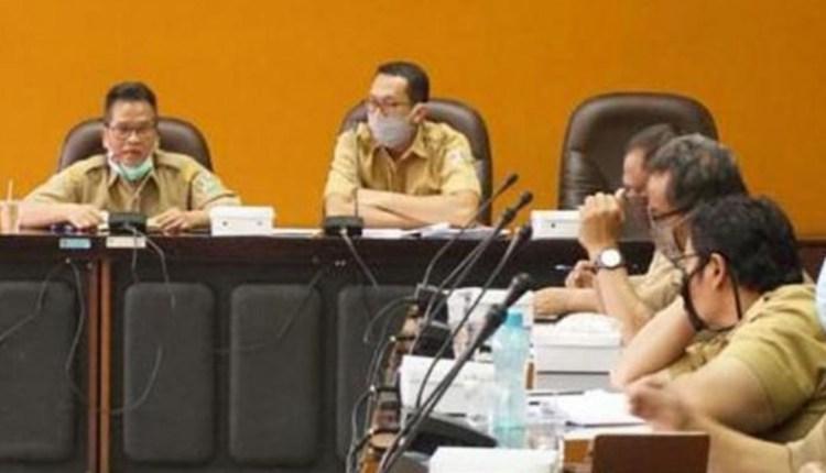 ILUSTRASI : Sekda Kota Magelang dalam rapat koordinasi percepatan penanganan Covid-19