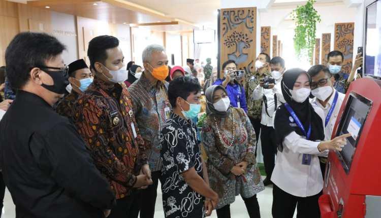 Ganjar dan Menpan RB resmikan Mall Pelayanan Publik Kabupaten Kendal