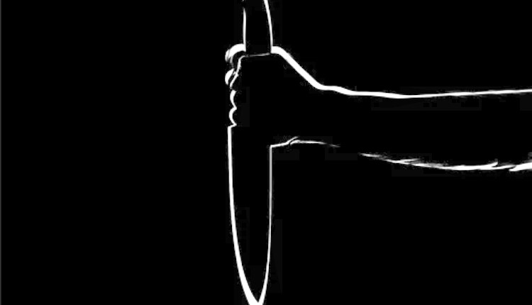 ilustrasi pembunuhan_ seorang remaja bunuh ibu kandung