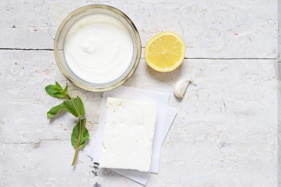dip yoghurt feta munt
