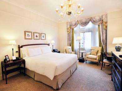 Hotel_Savoy_London_02