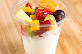 Vers fruit met boerenyoghurt