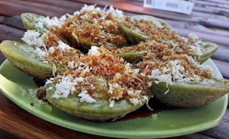 Oleh oleh Makanan tradisional Khas Bali Kue Laklak