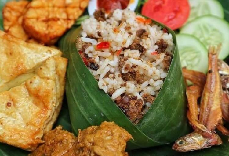 Makanan Khas Bandung Nasi Tutug Oncom
