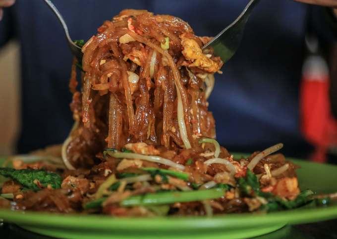 Makanan Khas Kalimantan Mie Sagu