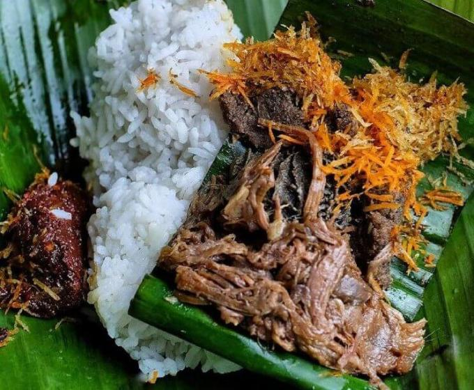 Makanan Khas Surabaya Tempo Dulu Nasi Krawu Hj Sufayah