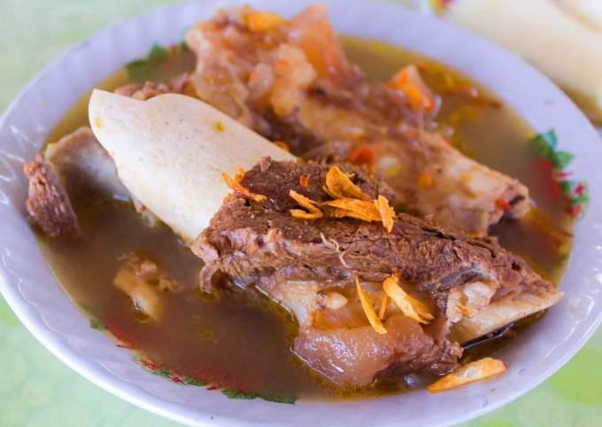 Makanan Khas Sulawesi Kaledo