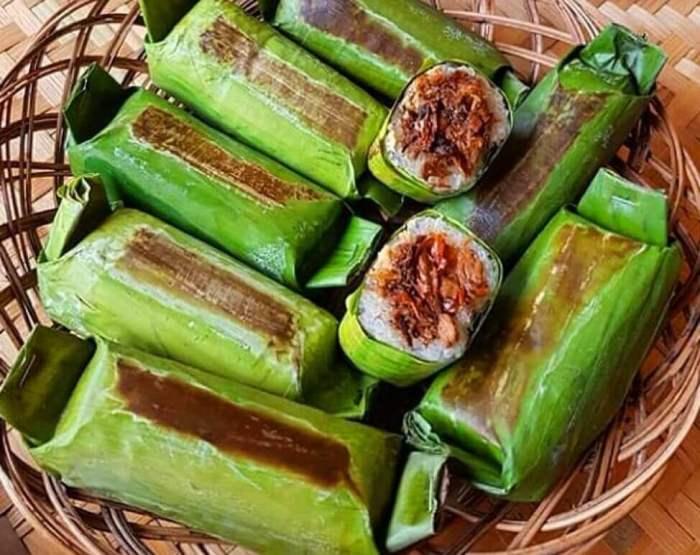 Makanan Khas Manado Lalampa