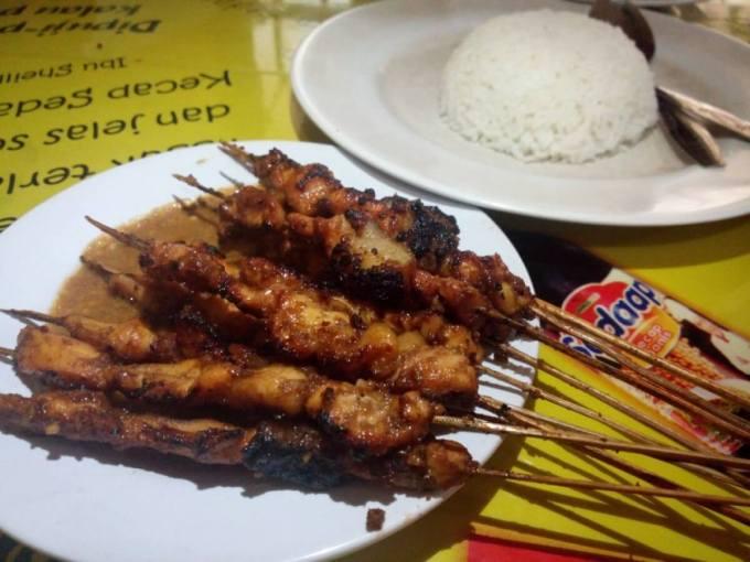 Makanan Khas Banten Sate Bebek Cibeber
