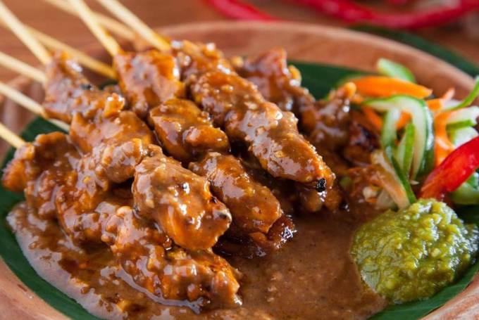 Makanan Khas Kalimantan Sate Payau