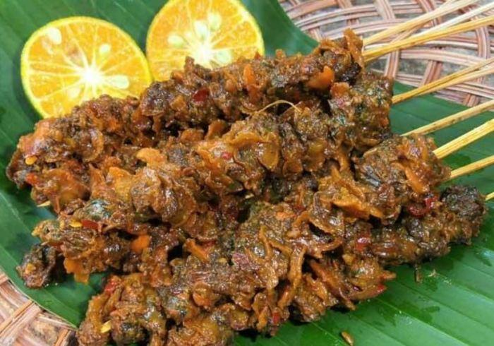 Makanan Khas Kalimantan Utara Sate Temburung