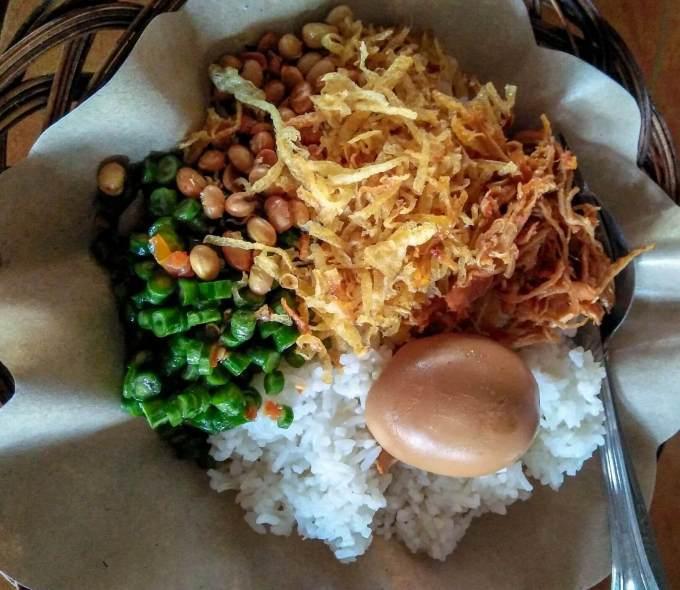 Makanan Khas Lombok Nasi Balap