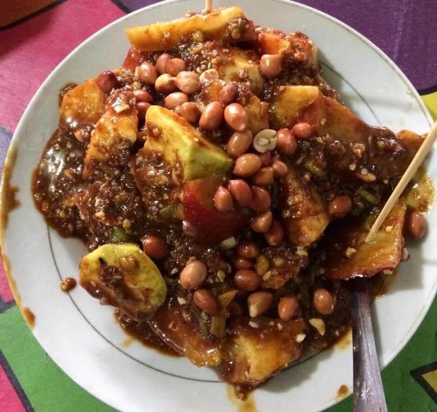 Makanan Khas Medan Rujak Kolam