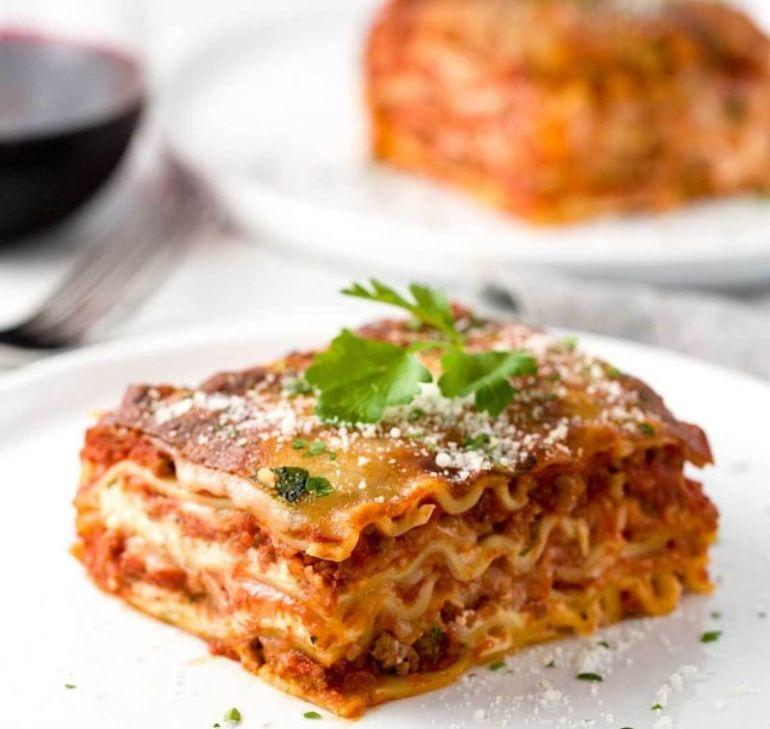 Makanan khas Italia Lasagna