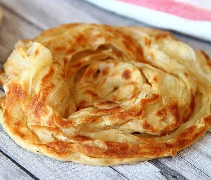 Makanan Khas Melayu Roti Canai