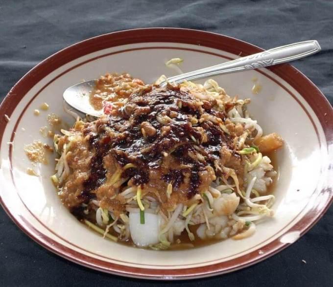 Makanan Khas Tangerang Toge Oncom