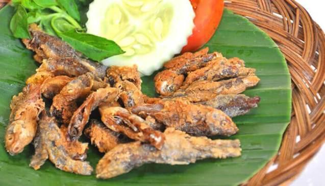 makanan khas bojonegoro wader kali