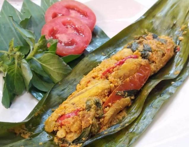 Resep Masakan Enak Pepes Ikan Teri Basah