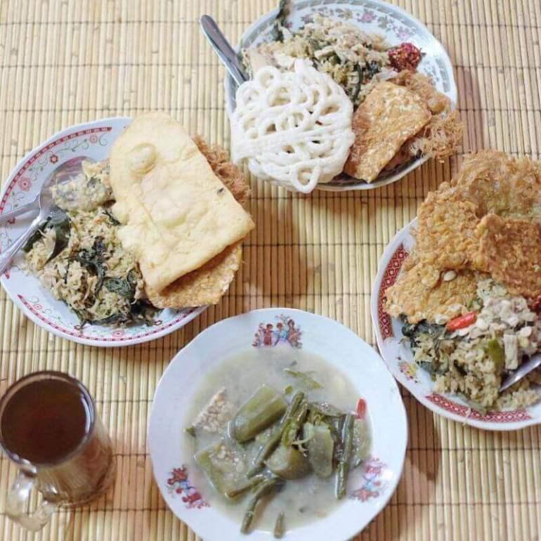 Gambar Oleh oleh Makanan Khas Wonosobo Nasi Megono