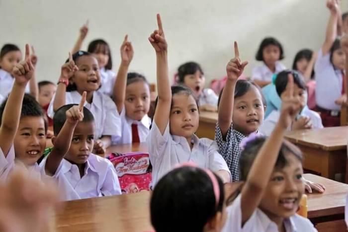Sinopsis Contoh Cerpen Pendidikan Penting