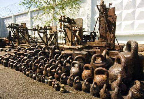 antiguas-kettlebells