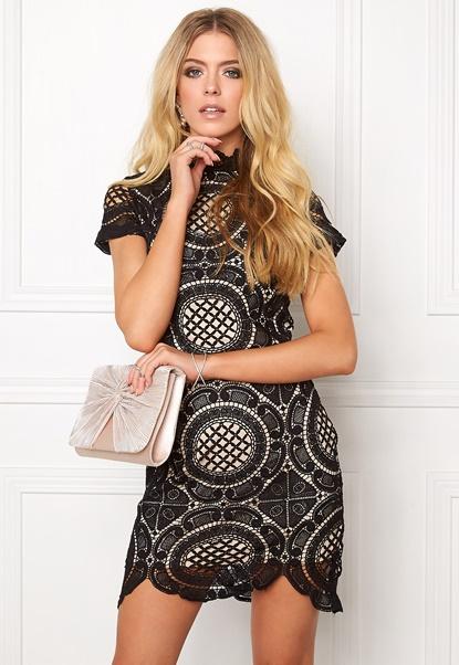 girl-in-mind-lace-dress-black