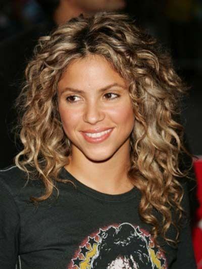 Shakira - a cabeça de cachos mais lindos!