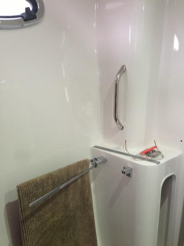 Bathroom towell rails & hooks on