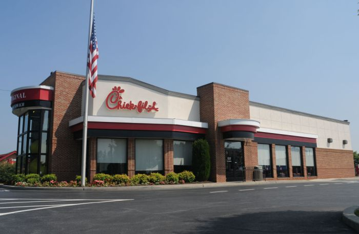 7/5/2010 Spring Township, PAAt the Chick-fil-A in the Broadcasting Square shopping center in Spring Township Monday morning. Scott Keiser is the Owner / Operator of the restaurant and has owned a Chick-fil-A franchise for the past 20 years.