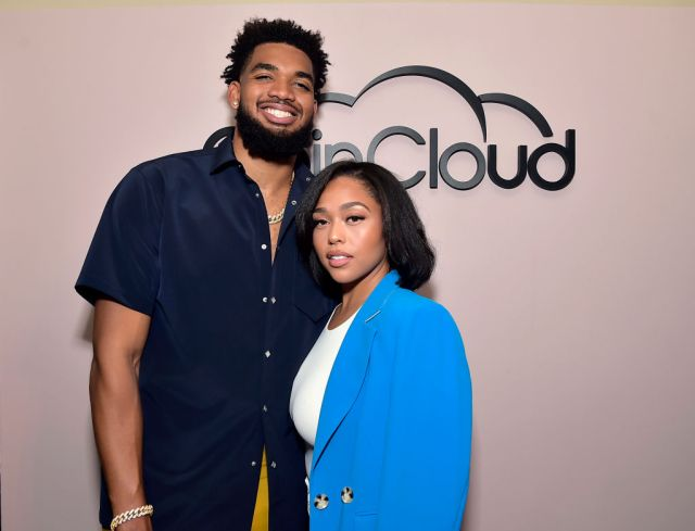 Coin Cloud Cocktail Party Hosted by Artist and Actor Common