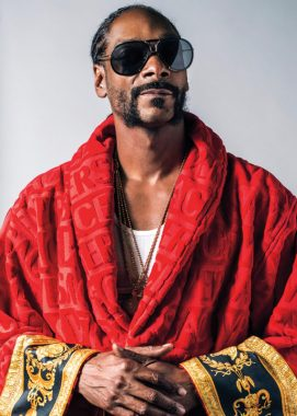 """Snoop Dogg Vibes To Wizkid & Tems' Hit Song, """"Essence"""""""