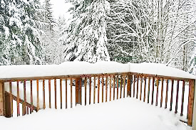 Will Snow Damage my Deck this winter?  Tips for clearing snow from your deck