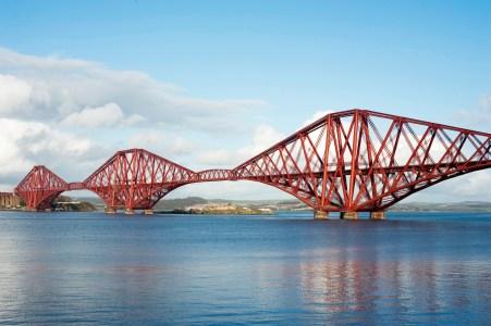 Forth Bridge, Edinburgh Scotland