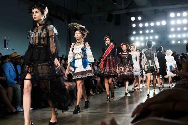2016_ny_fashion_week1