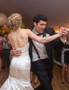 Cutting the rug with best wedding band ever!