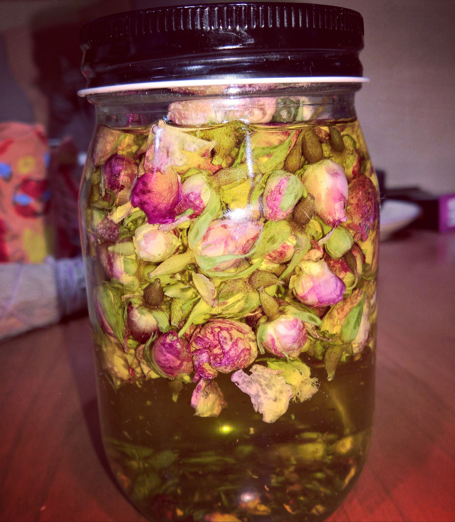 How to Make an Herbal Oil Part 1