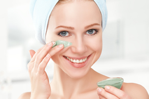 Course on home made diy skincare for how to make home and herbal remedies for anti aging and dry skin remedies