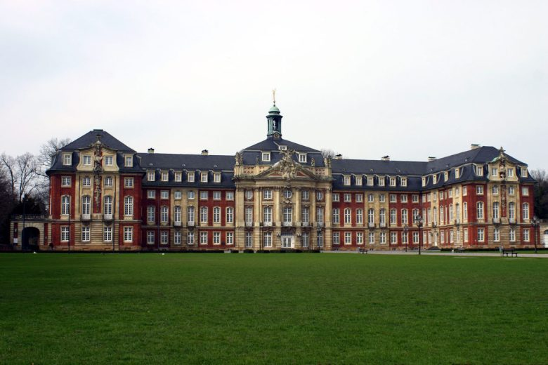 Main administration building of WWU Münster.