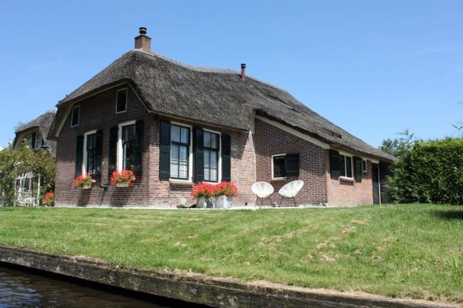 Giethoorn_MS_van_den_Heuvel_Bootverhuur-0073