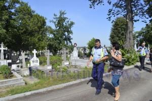 politist in cimitirul pacea botosani
