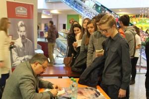 lansare autograf