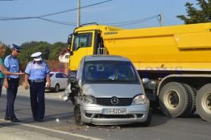 accident hudum vw mercedes1
