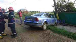 accident oraseni schit masina in stalp 1
