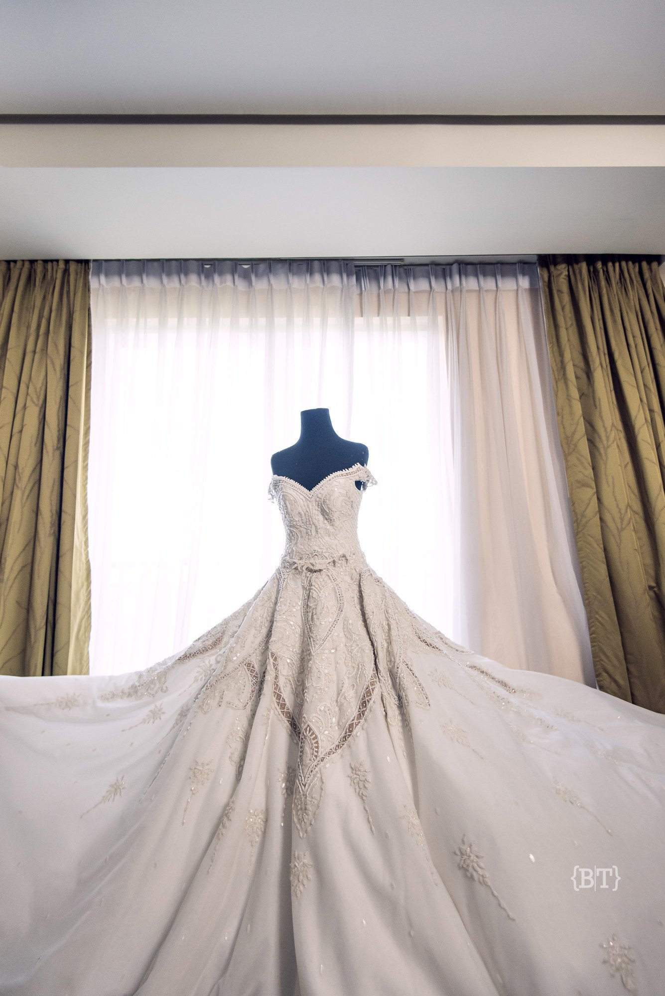Francis Libiran 001 | Wedding Dress Rental | Bottega Bellance