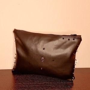 PAINT IT BLACK CLUTCH BAG
