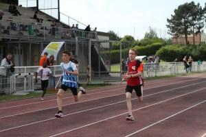Maxime à la lutte pour le podium sur 100m