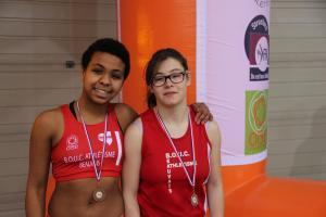 Nolwenn et Camille sur le podium du 60m cadettes