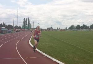 Jérôme en route vers son record au 1500m